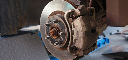 Advantages of Using Super Lateral And Martingale Brakes